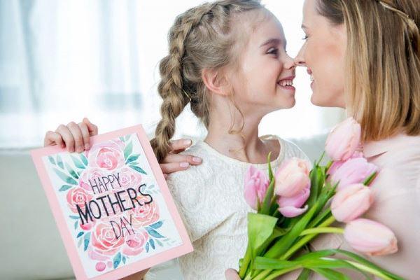 День Матери в России и в других странах: дата, история возникновения праздника