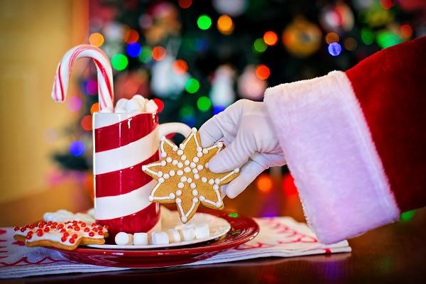 Когда и как празднуют Рождество католики по всему миру: традиции и обычаи